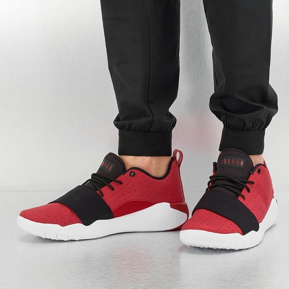 online store 476b4 15623 NEW - Nike Air Jordan 23 Breakout - Red Black